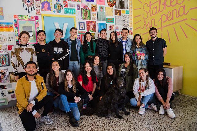 Un gran equipo Millennial #equipoanimal 💥🔥☄️ #lavalentina #laselvacreativa #stalkeesinpena #paraisodecreacion #laoficinaamarilla