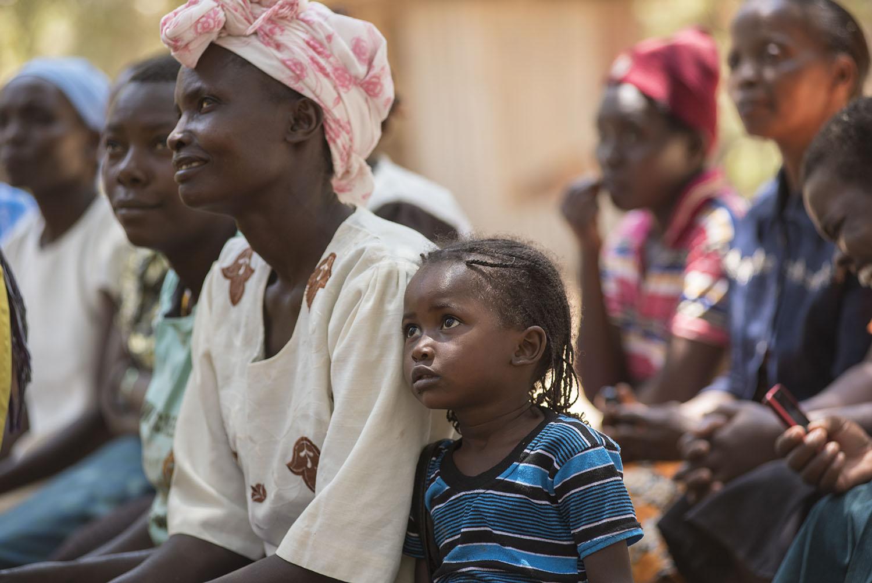 web.Kaare Mothers-Daughters-150.jpg