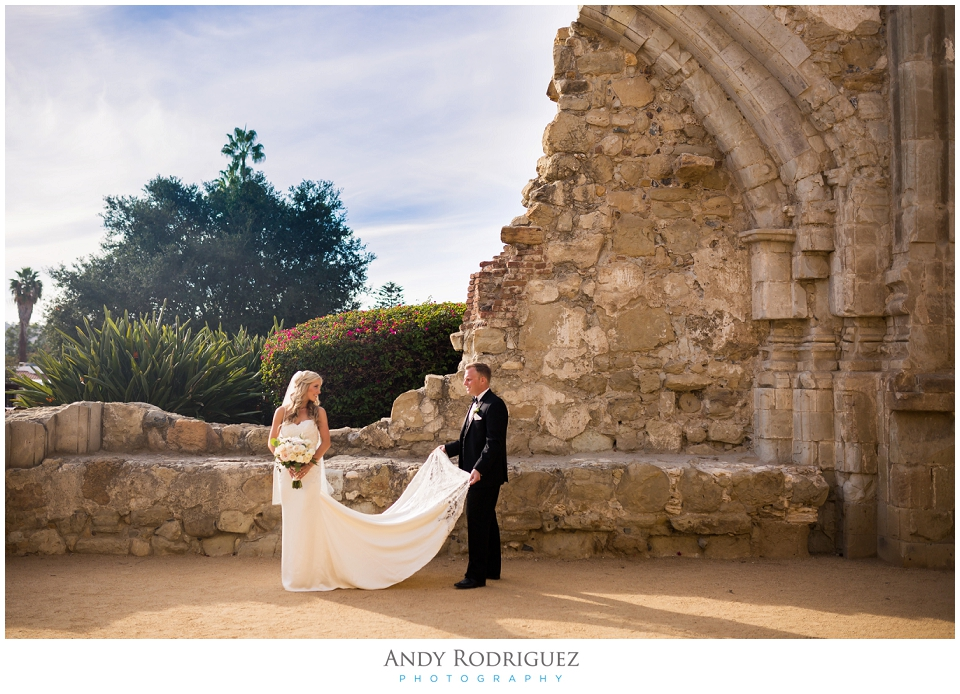 the-villa-san-juan-capistrano-wedding_0041.jpg