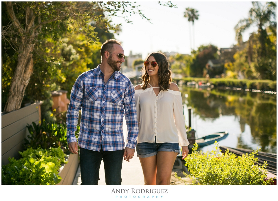 venice-canals-engagement-photos-vanessa-neil_0002.jpg