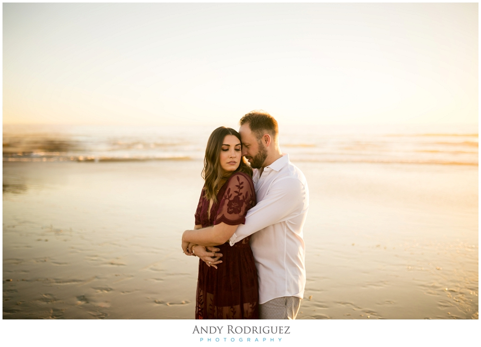 venice-canals-engagement-photos-vanessa-neil_0019.jpg