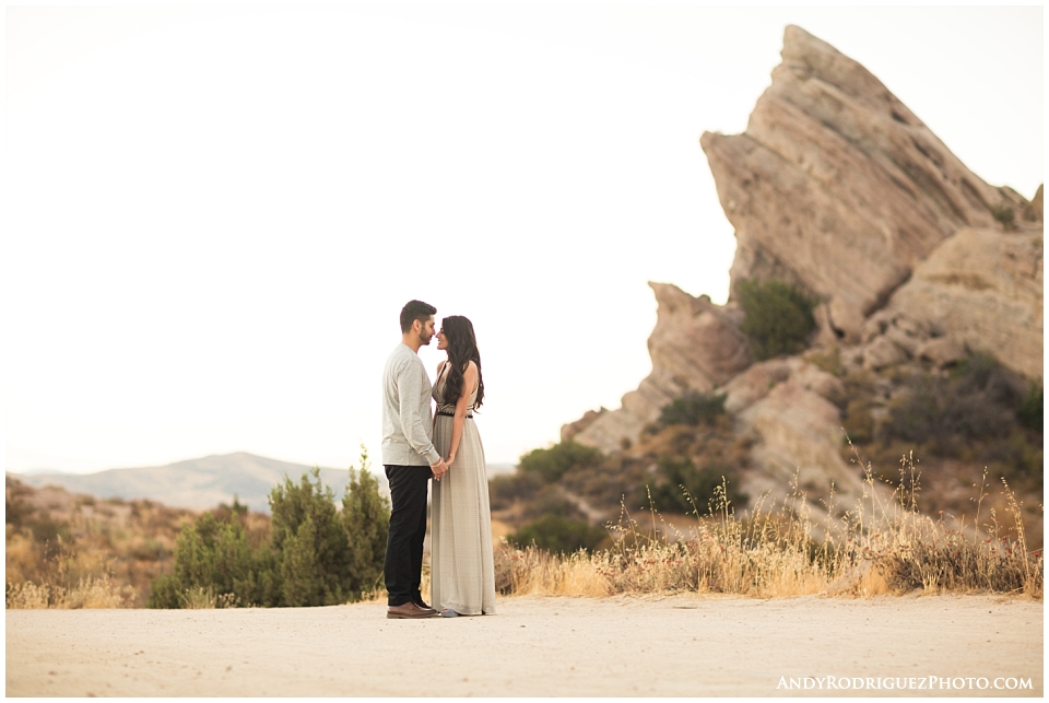 vasquez-rocks-engagement_0001.jpg