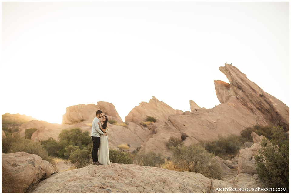 vasquez-rocks-engagement_0014.jpg