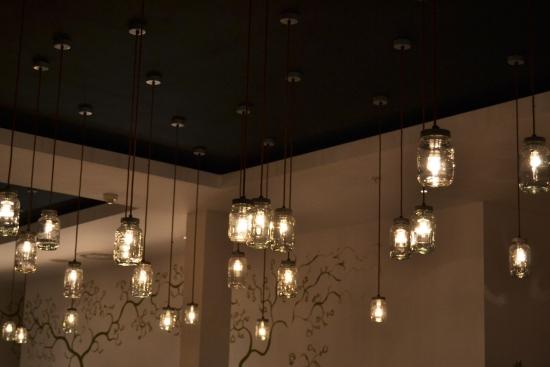 Turners - Resturant Lights.jpg