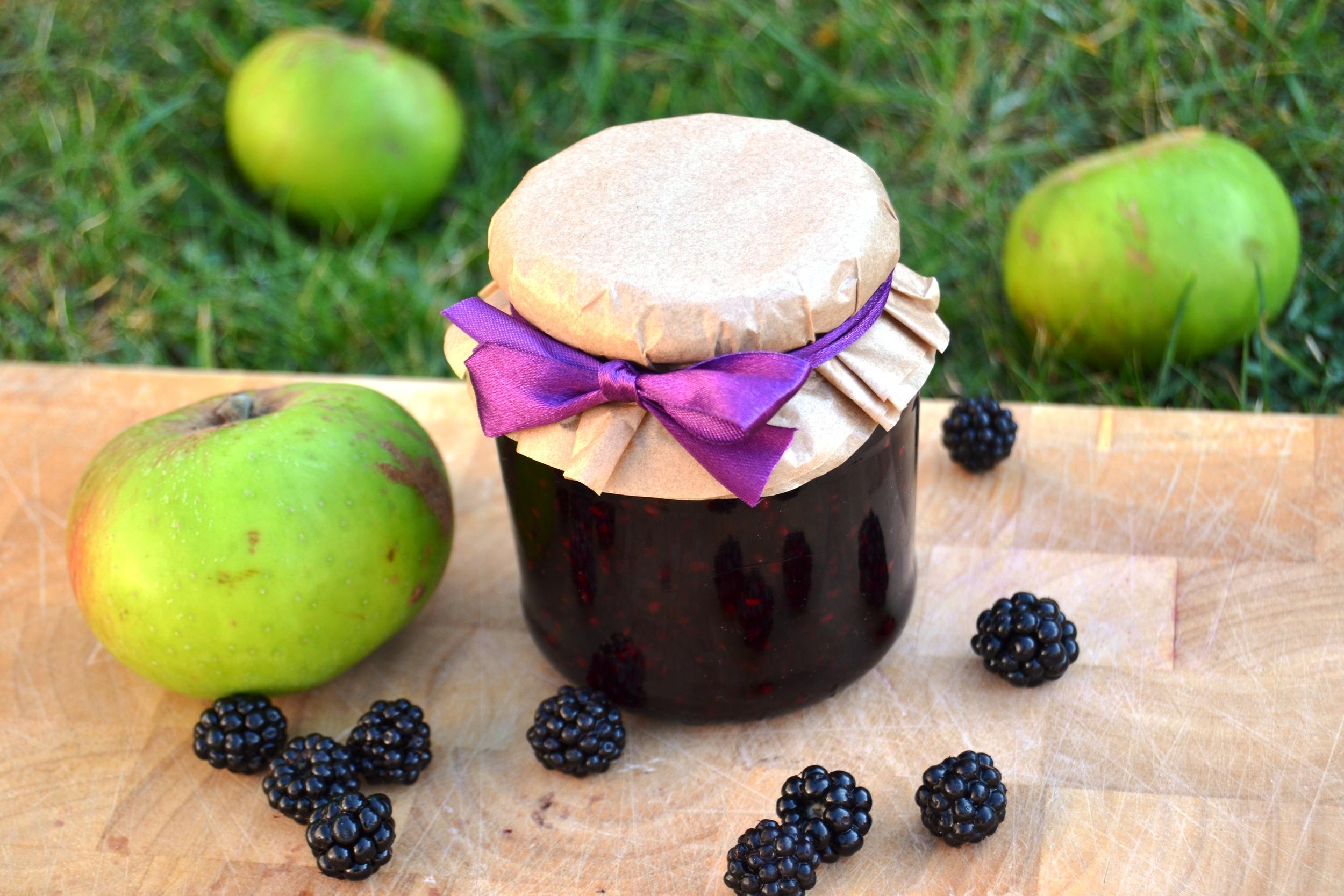 Blackberry and Apple Jam.jpg