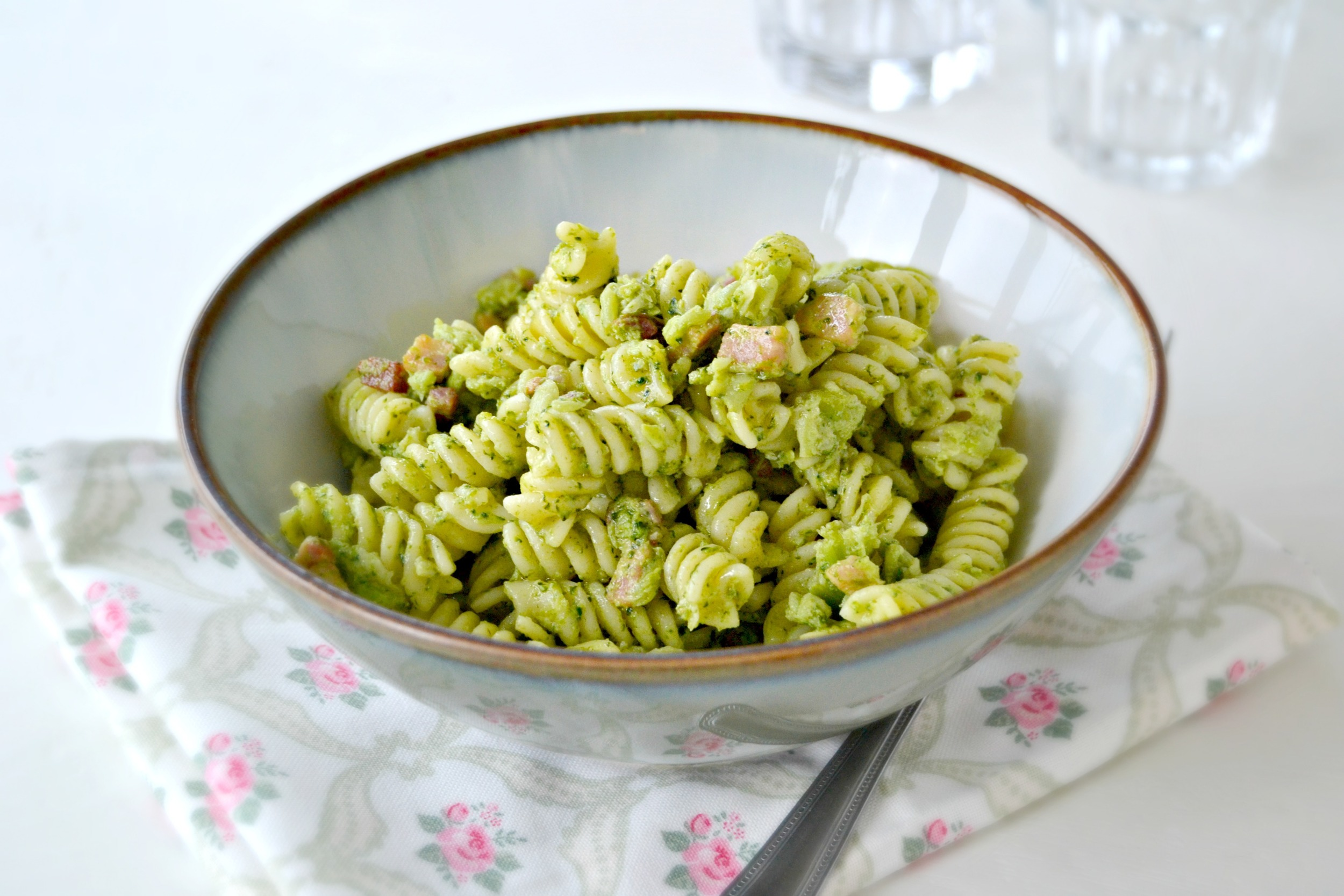 Broccoli and pancetta pasta