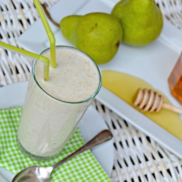 Oat Smoothie Pear and Honey.jpg