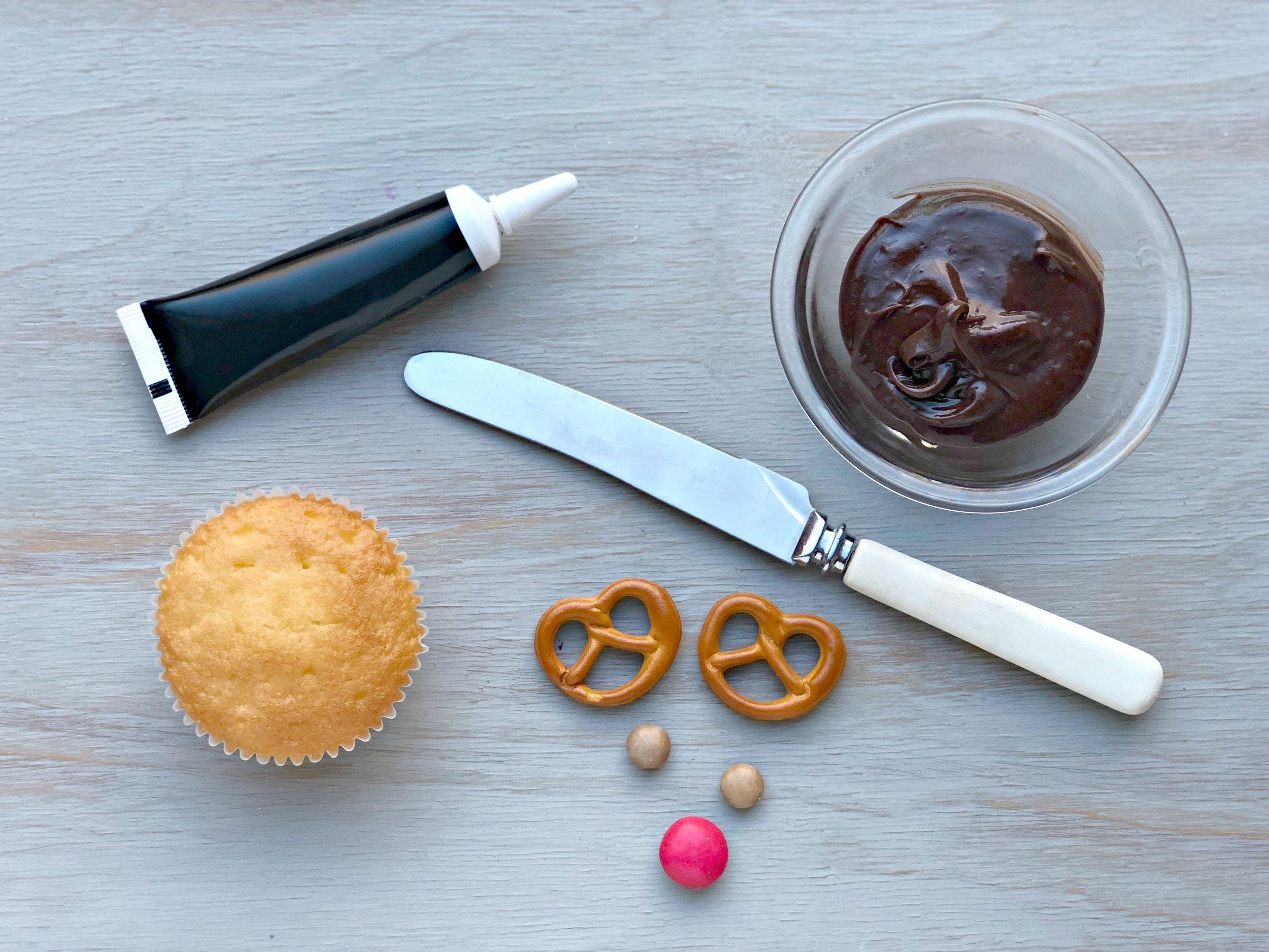 Reindeer cupcakes 3.jpg