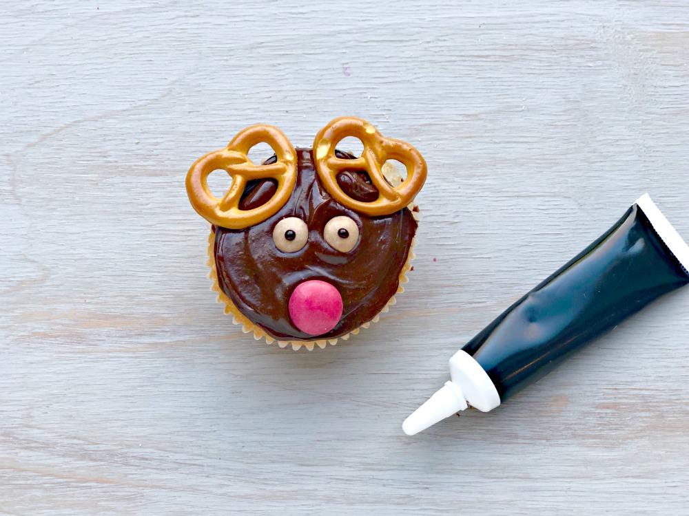 Reindeer cupcakes 8.jpg
