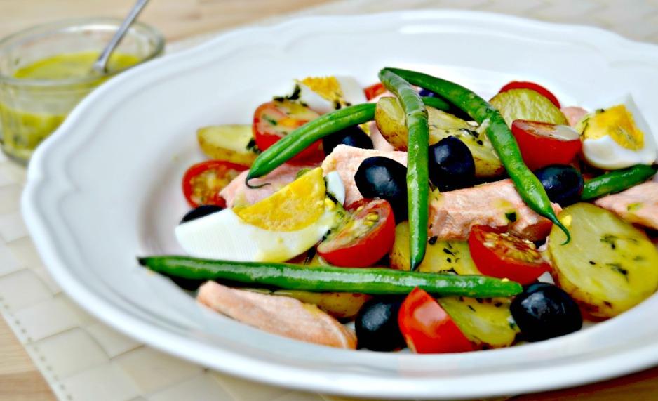 Salmon+Salad+Niçoise.jpg