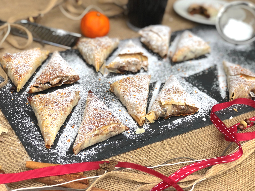Samosa Mince Pies Made with Filo Pastry.jpg