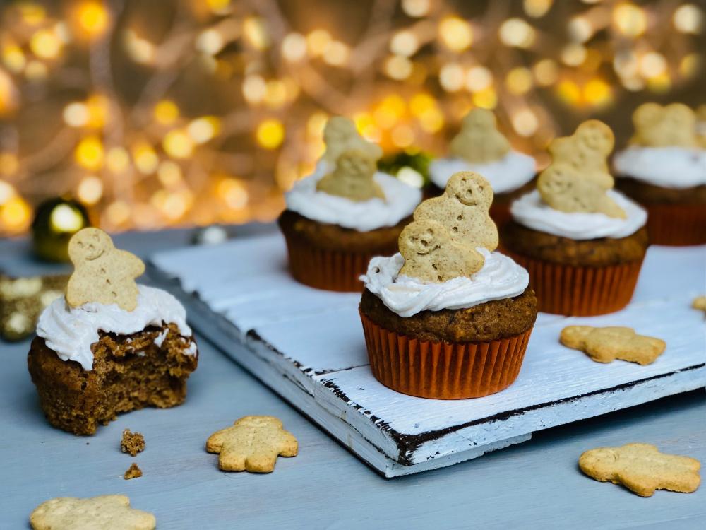 Healthy refined sugar free gingerbread muffins (1).jpg