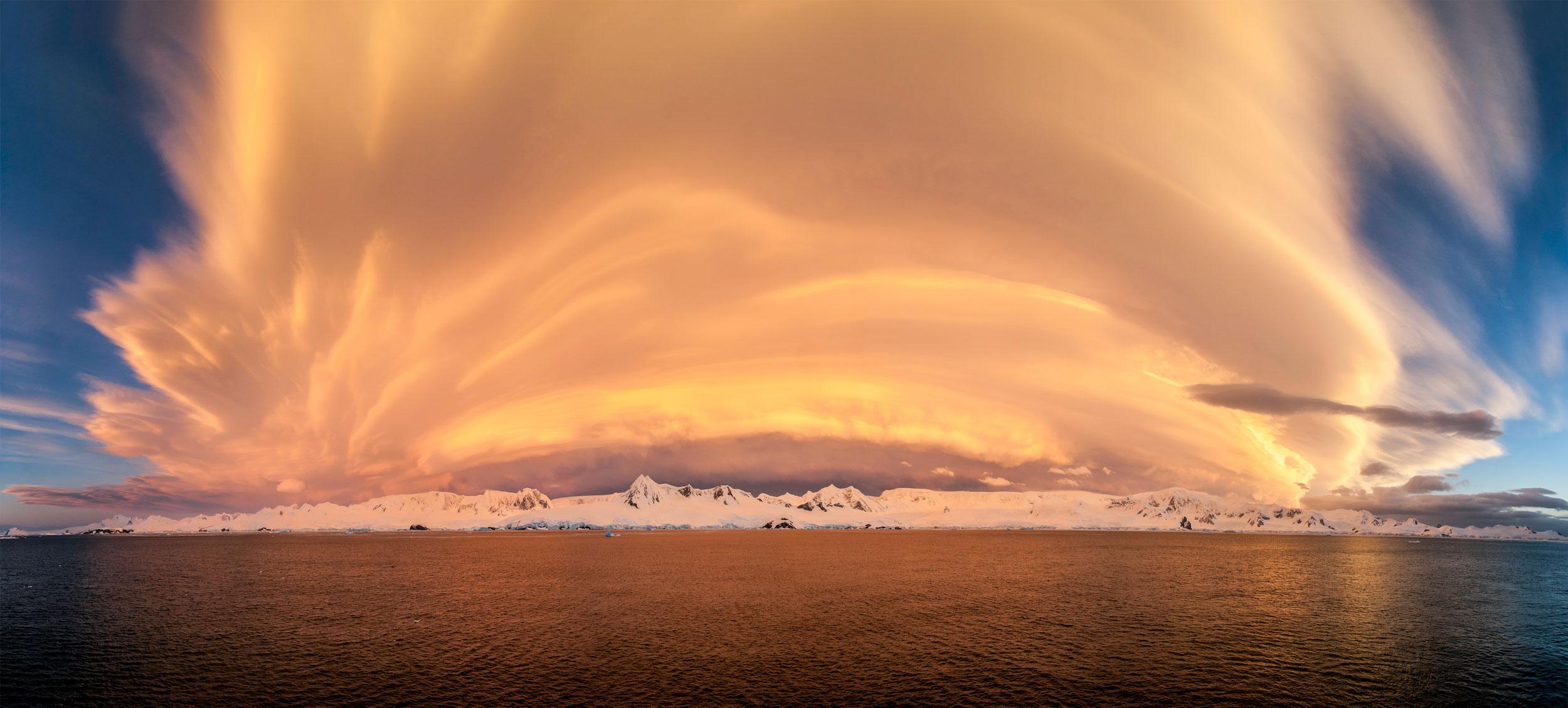 Gerlache-sunset3.jpg