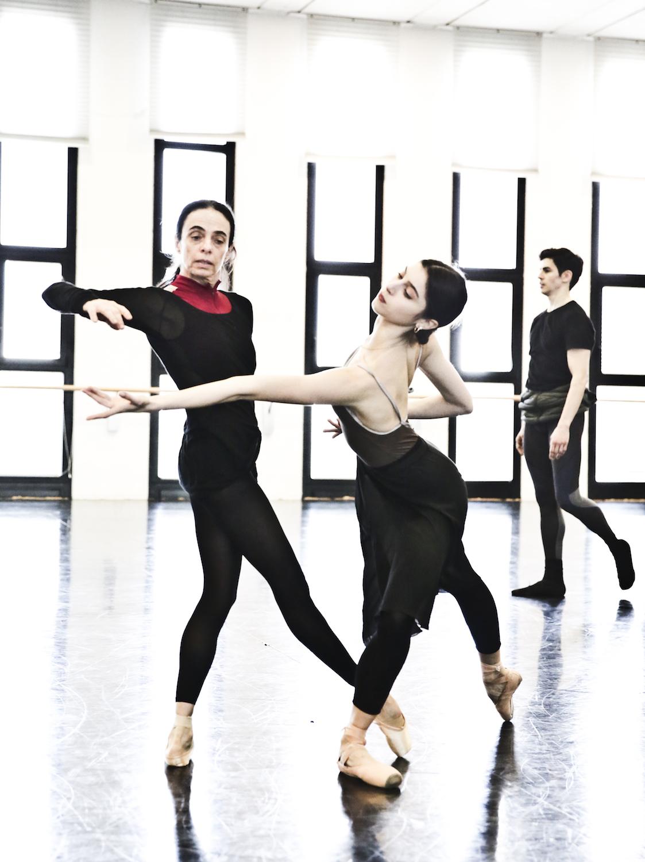 Woolf Works - Alessandra Ferri durante le prove in sala ballo - foto Marco Brescia e Rudy Amisano - Teatro alla Scala (6) copy.jpg