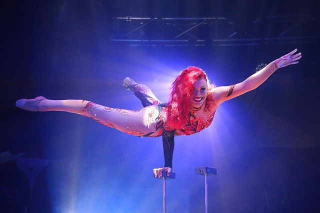 There were enough people who were interested in seeing some of my #circus #photography . This shot was from a live performance of @quincyazzario  when we were #performing together in Hawaii. Shooting a live show can be really tricky. Sometimes you get the #lucky shot captured in the perfect spot of her rotation where the lighting and subject were perfectly aligned.  #handstand #acrobatics #lighting #photooftheday #strong #balance #cirquegram #cirqueduinsta #pictureperfect #photo #circuseverydamnday #yoga #dynamic #showtime #hawaii #fitnessmotivation #beauty #favorite #live #nofilter