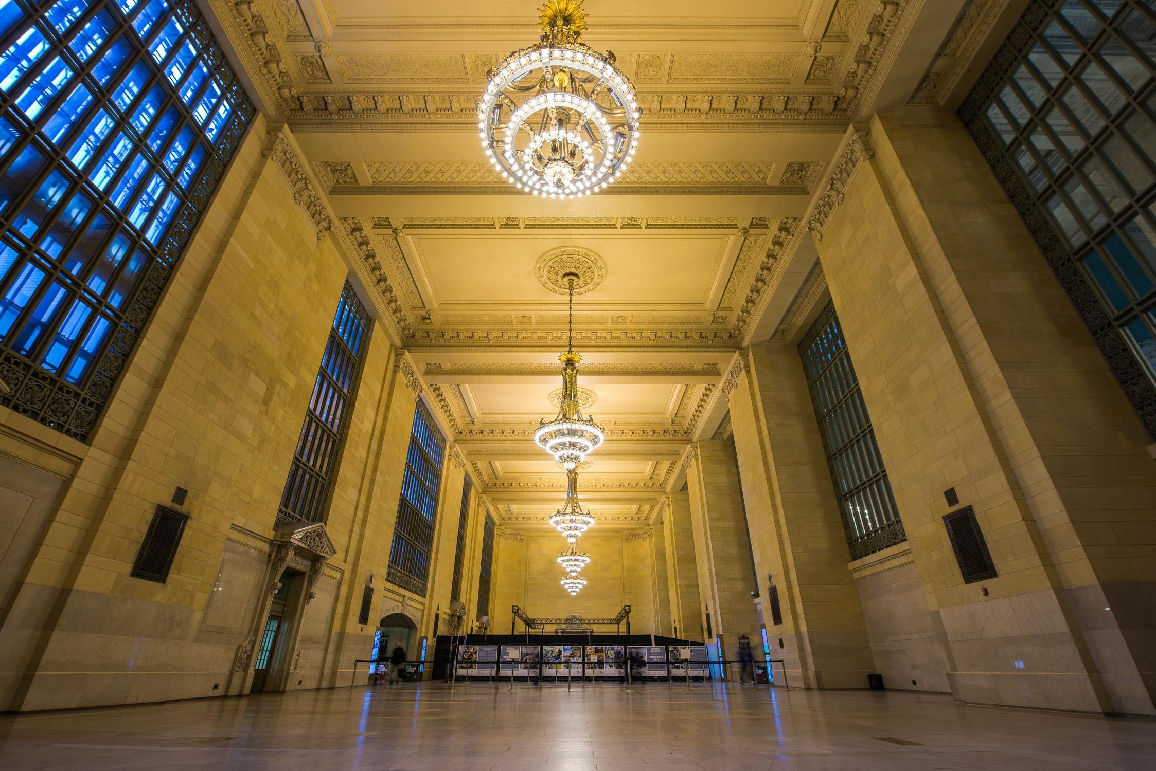 Vanderbuilt Hall , the original waiting room for Grand Central Terminal passengers.