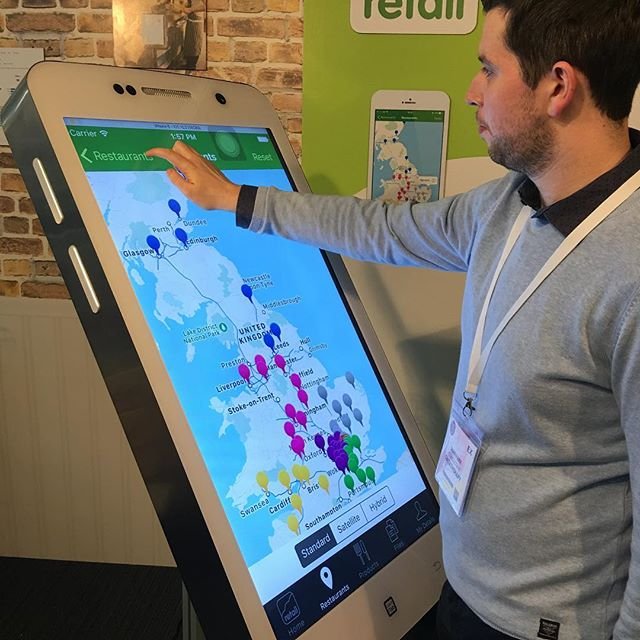 Demonstrating Platopus Retail at the Casual Dining Show in Islington ... on a giant iPhone! #CasDining17 @CasDiningShow
