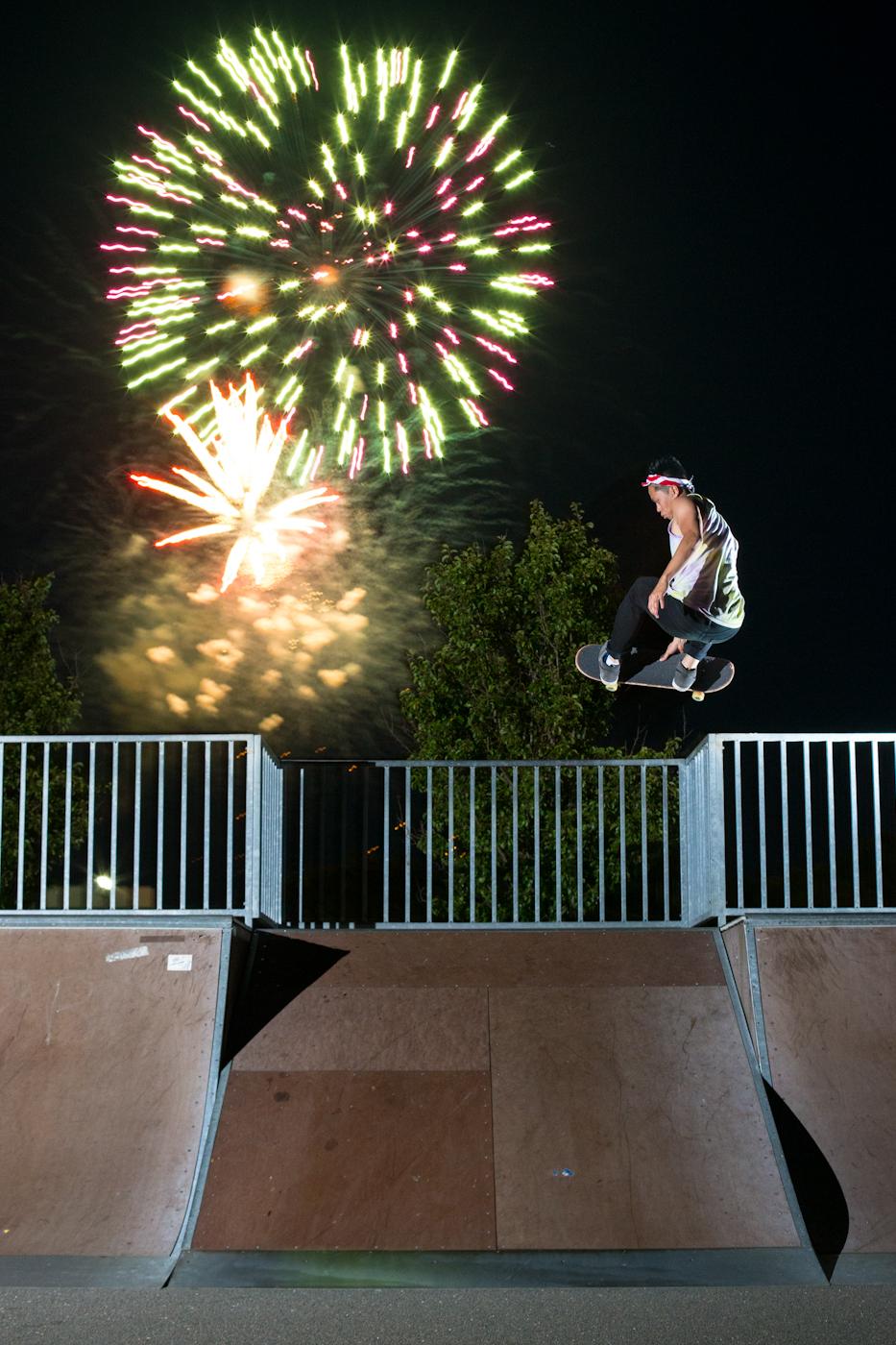 Palermo_mike fireworks grab skatefolio.jpg