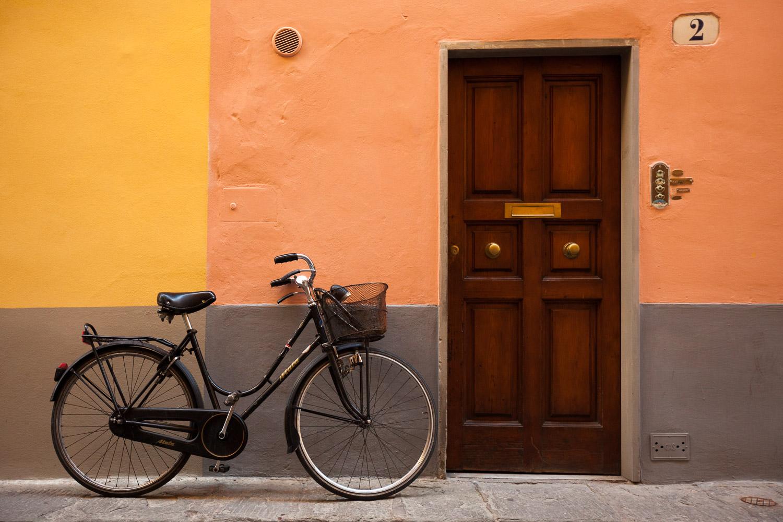 cp bike 2tone wall web.jpg