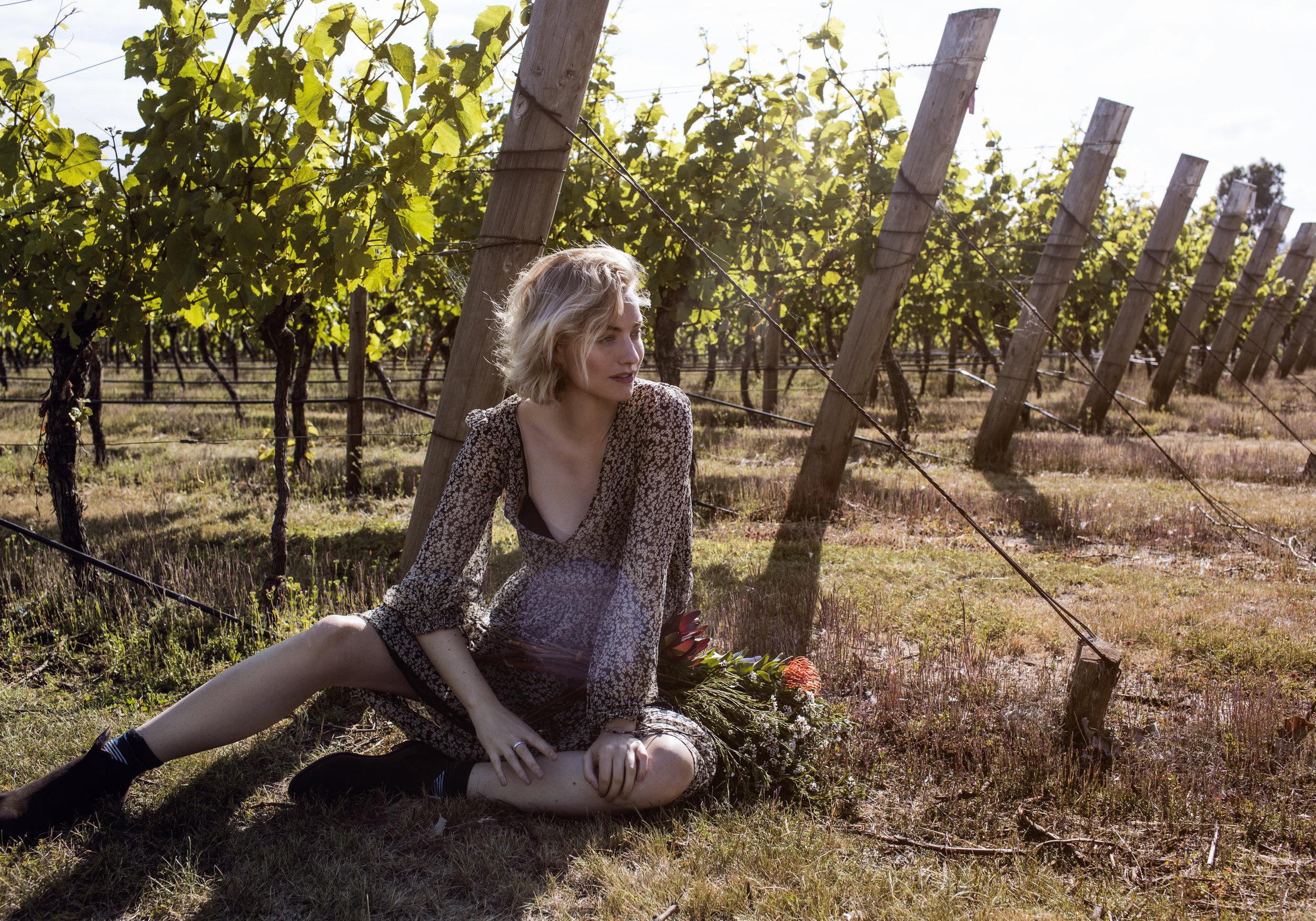 Janzs-zanita-sparkling-tasmania-floral-winery-vinyard.jpg
