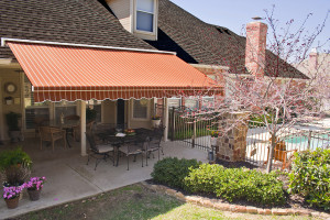 Retractable_Awning_Stripes-300x200.jpg