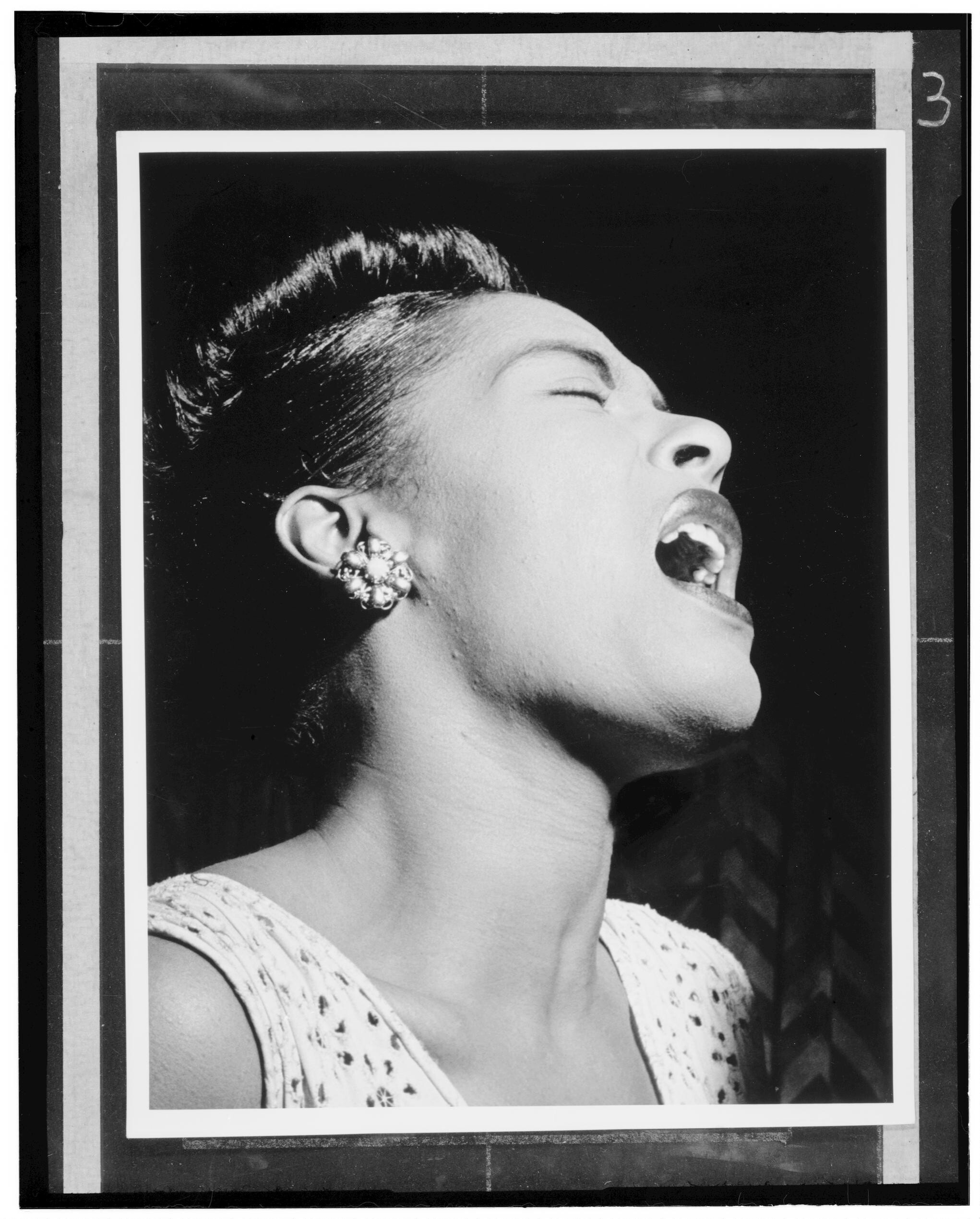 Portrait of Billie Holiday, Downbeat, New York, N.Y., ca. Feb. 1947. William P. Gottlieb/Ira and Leonore S. Gershwin Fund Collection, Music Division, Library of Congress.