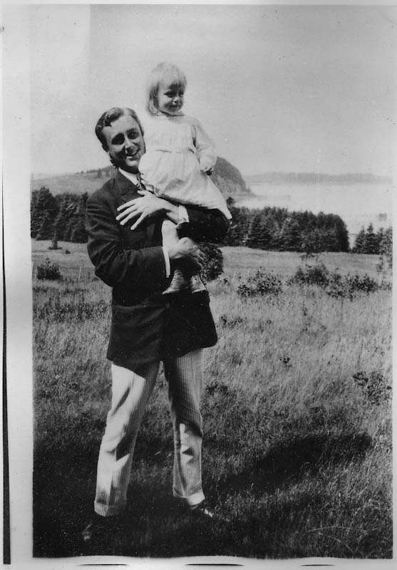 FDR and child at his vacation home, 1912. Courtesy of Roosevelt Campobello International Park.