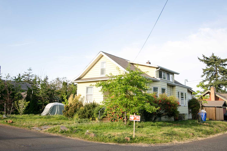 sold-by-salgado_francisco-salgado_realtor_real-estate-broker_portland-brentwood-darlington-homes-for-sale0323.jpg