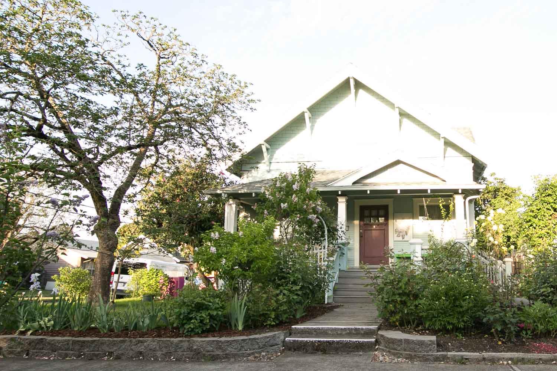 sold-by-salgado_francisco-salgado_realtor_real-estate-broker_portland-south-tabor-neighborhood0422.jpg