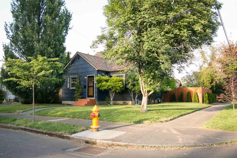 sold-by-salgado_francisco-salgado_realtor_real-estate-broker_portland-south-tabor-neighborhood0406.jpg