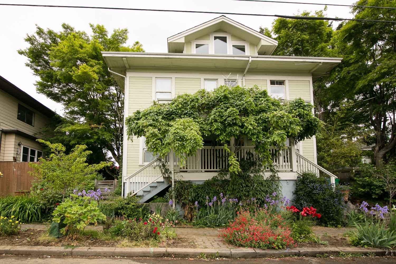 sold-by-salgado_francisco-salgado_realtor_real-estate-broker_portland-brooklyn-neighborhood-homes-for-sale_0467.jpg