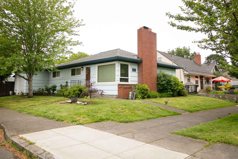 sold-by-salgado_francisco-salgado_realtor_real-estate-broker-portland-creston-kenilworth-neighborhood-homes-for-sale_1603.jpg