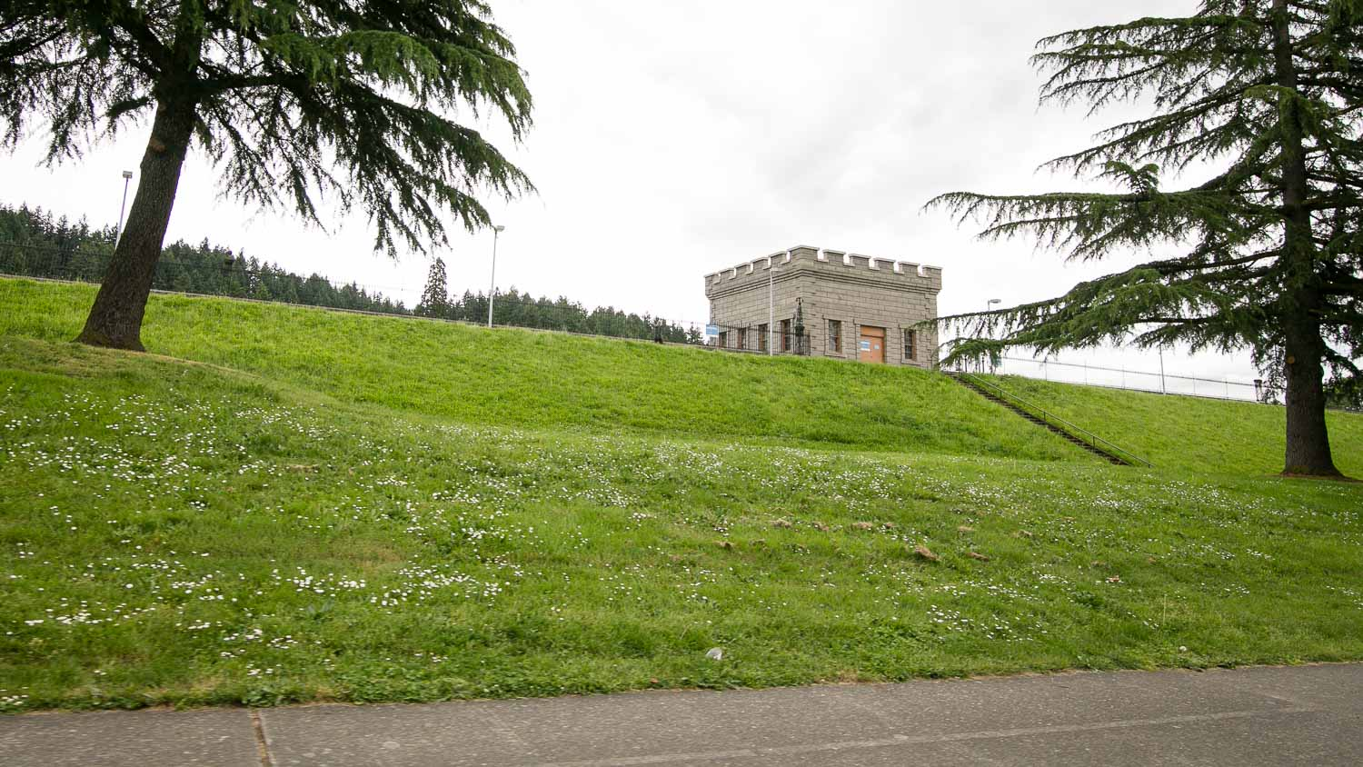 <strong>Mt Tabor</strong><p>Explore more »</p>