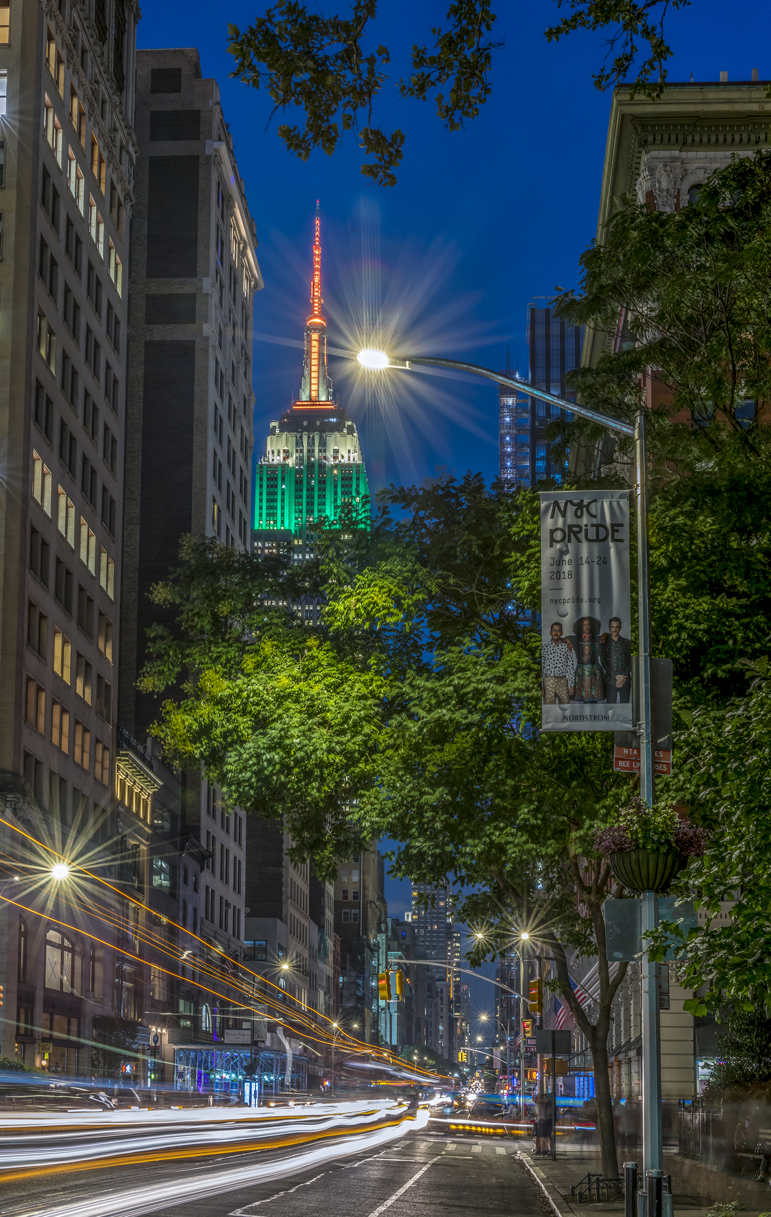 5th Avenue, Empire State-Night