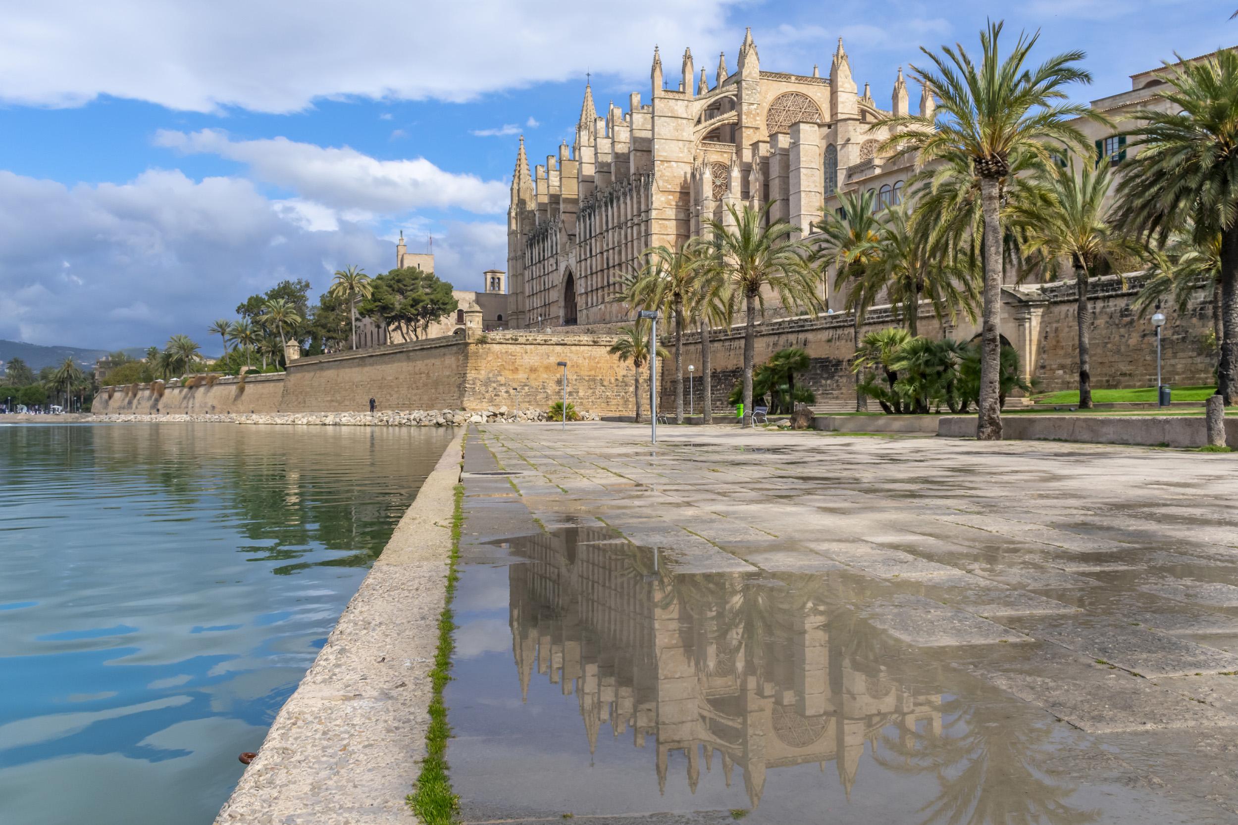 Mallorca Cathedral - Mallorca, Spain