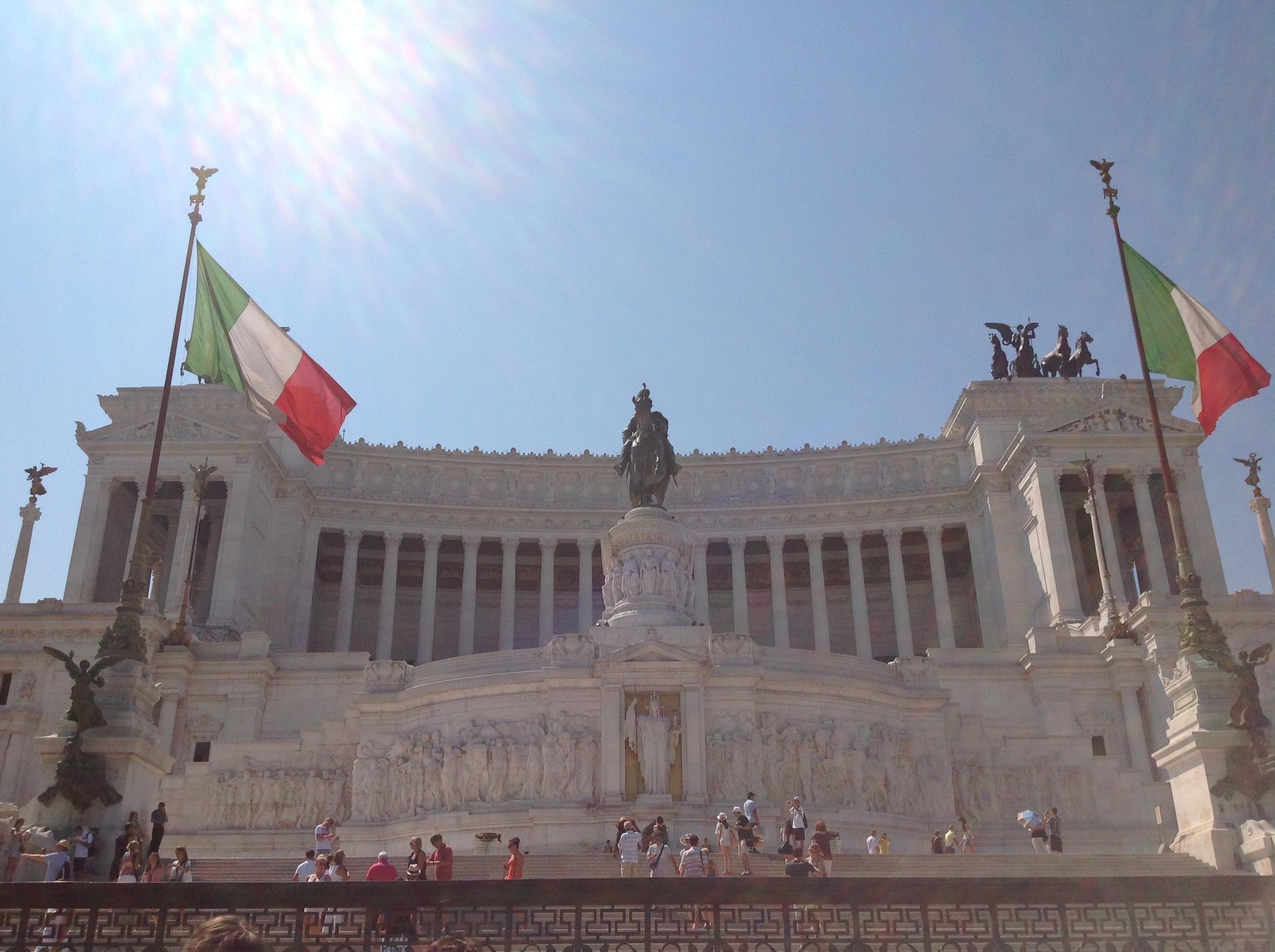 """L'Altare della Patria, a.k.a. Il Monumento Nazionale a Vittorio Emanuele II or """"Il Vittoriano"""" – designed, in 1885, by architect Giuseppe Sacconi; built 1911-1925"""