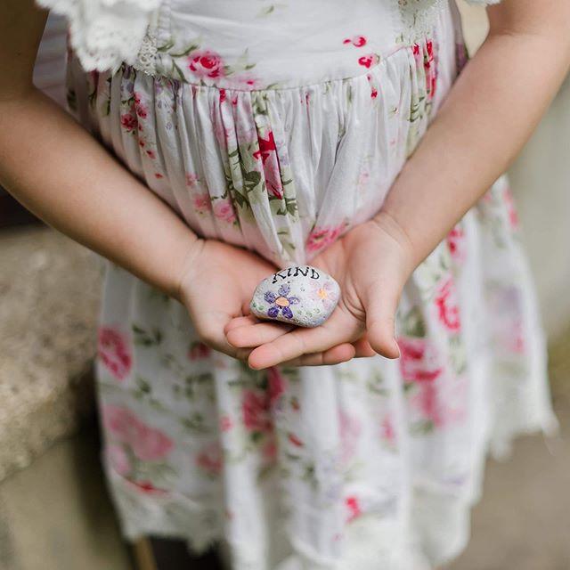 Don't forget to be kind today. . . . . #burlingtonphotographer #wisconsin #wisconsinphotographer #burlingtonwi #wisconsinphotography #wisconsinweddingphotographer #burlingtonkindnessrocks