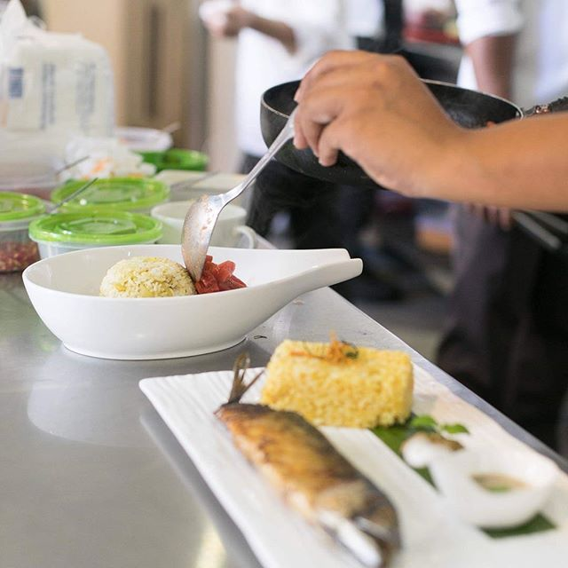 Looking for a place to make your Friday extra special? Visit us at Spoons to enjoys our delicious menu and contribute to the educational development of underserved Cambodian young adults!  Photo: @carlachoyphoto  #egbok #goodeatingforagoodcause #spoonscambodia #spoonscafe #spoonssiemreap #spoonsegbokcafe #siemreapeats #localeats #foddie #foodstagram #instafood #instafoodie #supportlocal #finedining #eatingasia #tripstosiemreap #travelasia #discoverlocal #exploresiemreap #cambodiacusine #khmercuisine #localfood #cambodia #travelenjoyrespect #iystd2017