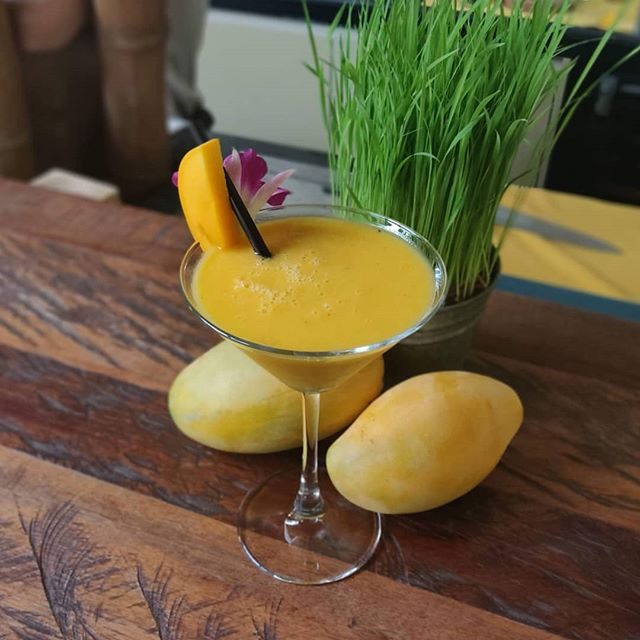 The mango season has come 🥭 Come in and taste our limited edition Mango and Passion Daiquiri!  #egbok #goodeatingforagoodcause #spoonscambodia #spoonscafe #spoonssiemreap #spoonsegbokcafe #siemreapeats #localeats #foddie #foodstagram #instafood #instafoodie #supportlocal #finedining #eatingasia #tripstosiemreap #travelasia #discoverlocal #exploresiemreap #cambodiacusine #khmercuisine #localfood #cambodia #travelenjoyrespect #mango #cocktails