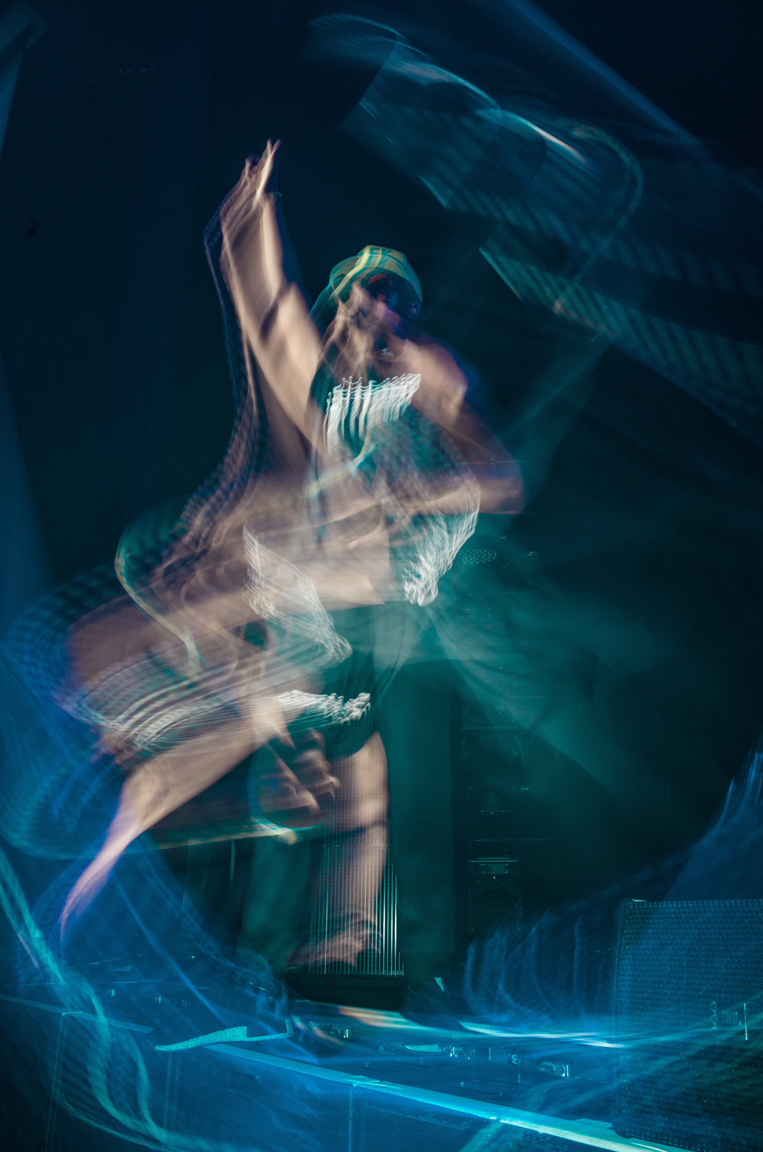 2 second exposure of Damian performing in DC