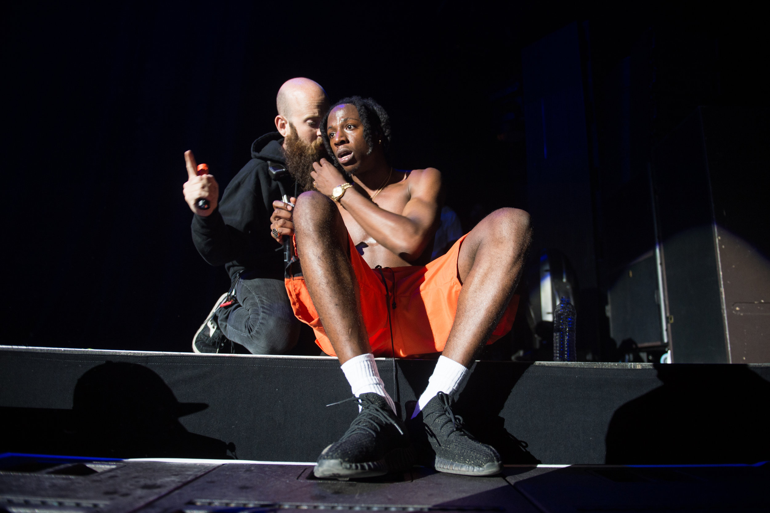 This was the moment, Momberg told Joey to stop his show because fans were trapped on the floor from intense mosh pits