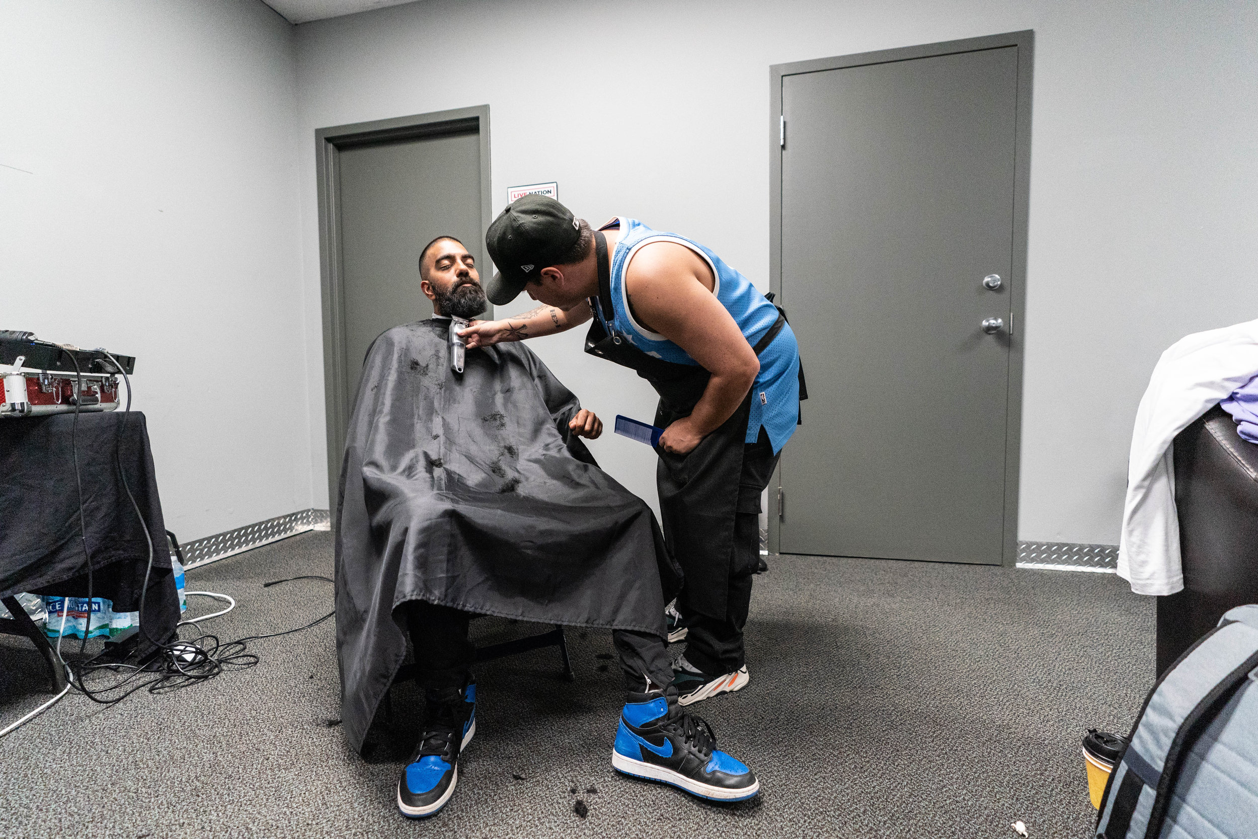 6ix getting a shape up before a show in St. Louis, 2018