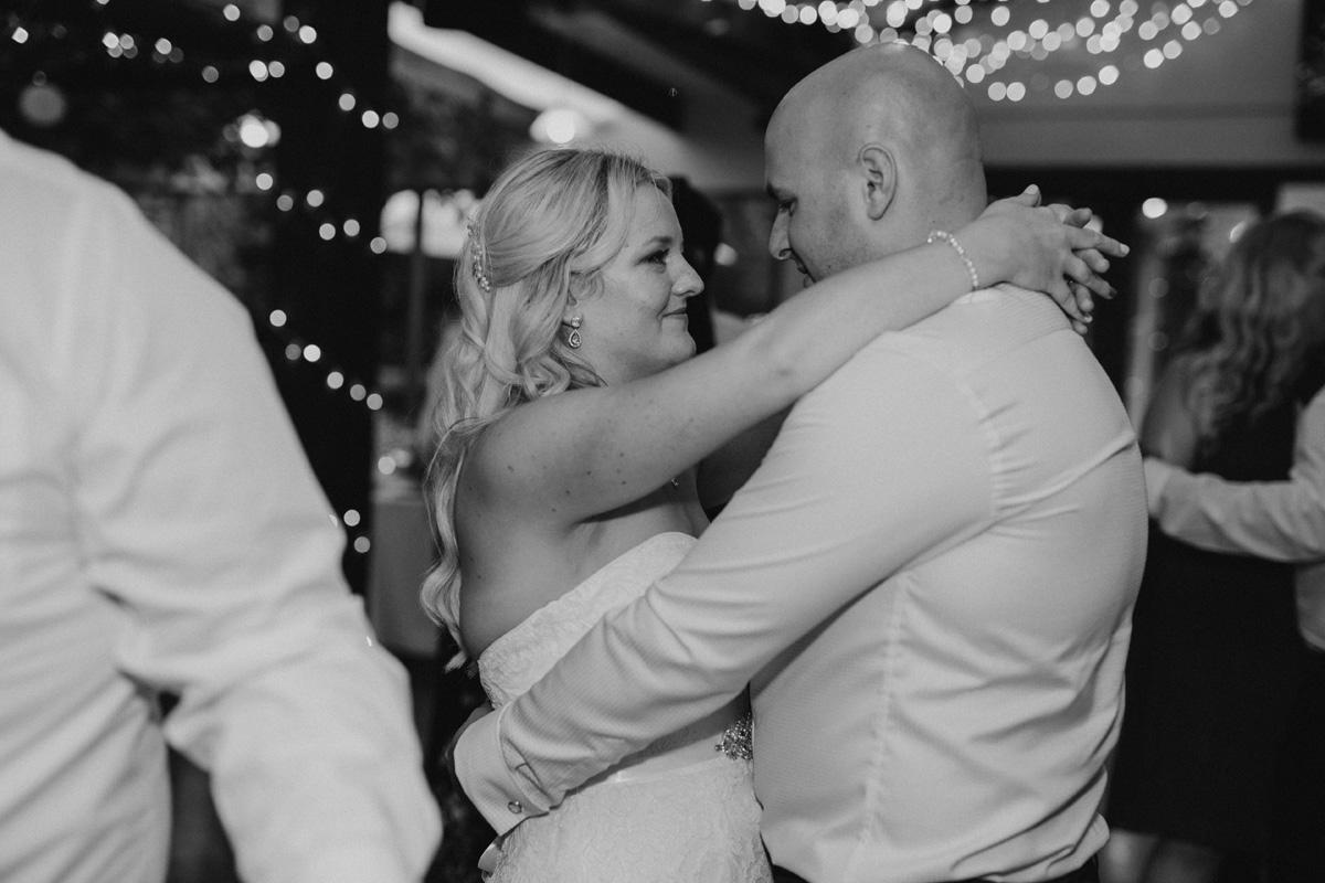 Markovina-wedding-photos-NS120.jpg