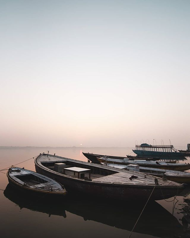Sunrise on the #Ganga
