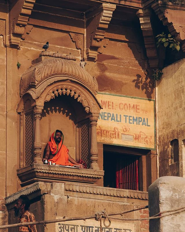 Although #Varanasi is most famous as a capital for Hinduism, many other religions consider the city a holy place. In the city there are several Mosques, Buddhist & Jain Temples, Gurdwaras, and churches.