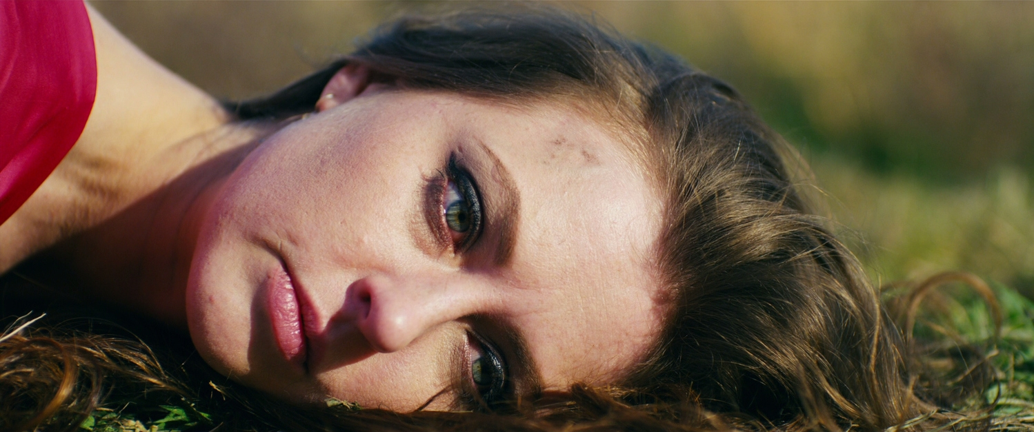 Katharine Isabelle in a scene of  88 .