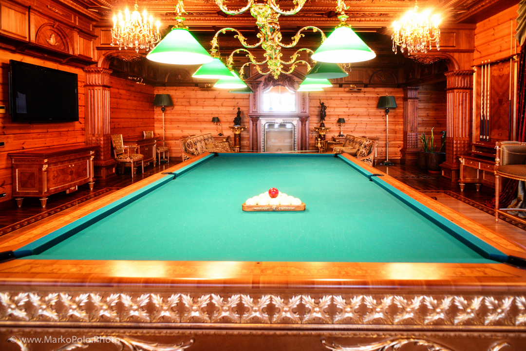 ahhhh a gem... Pool room.  This is a Russian billiards table, 12 x 6 ft, French carom size balls...Speaking of which I moved them around...does that mean I touched Yanukovych's balls?