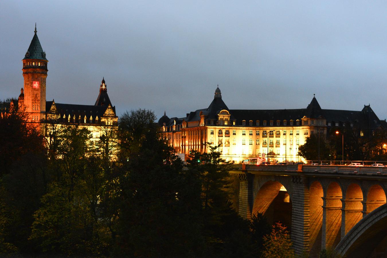 Luxembourg (1) - Luxemburg City at night