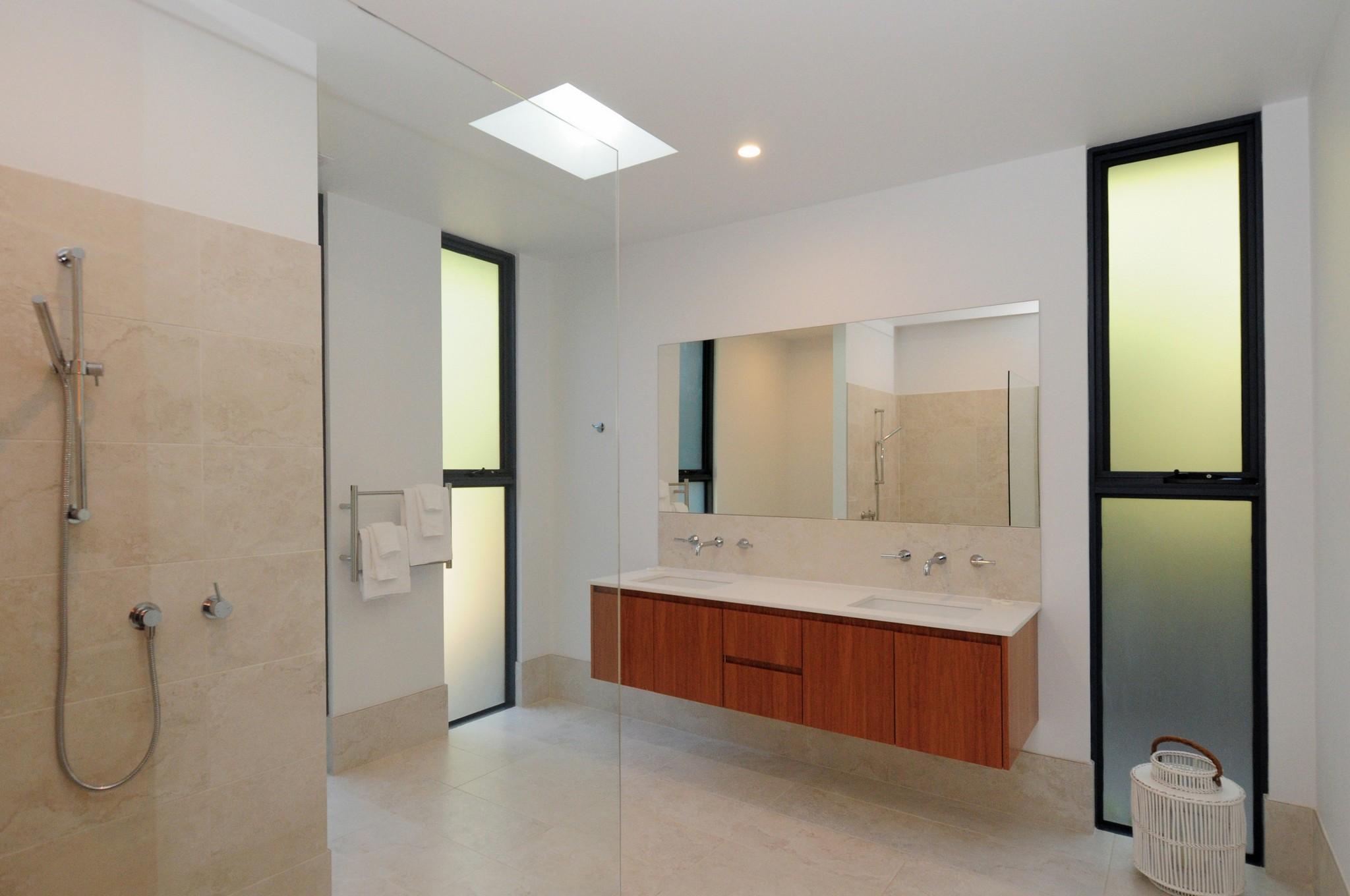 Guest Bathroom Omaroo-KV