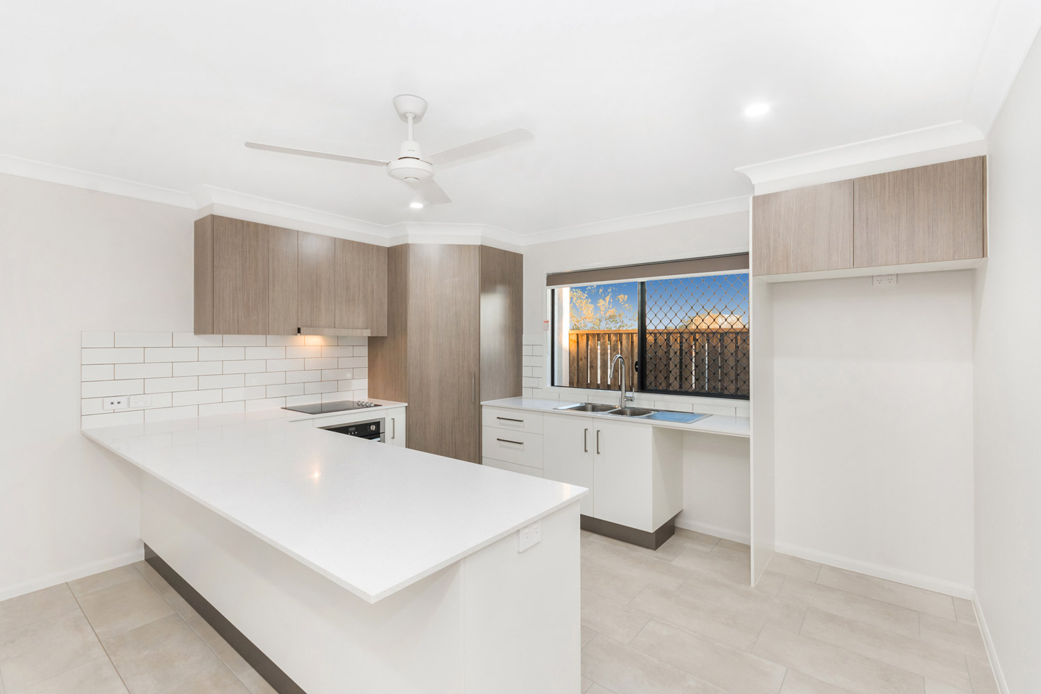 townsville_stone_silestone_blanco_maple